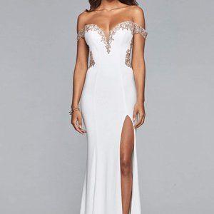 Faviana - Off-Shoulder Jersey Sheath Gown s10001